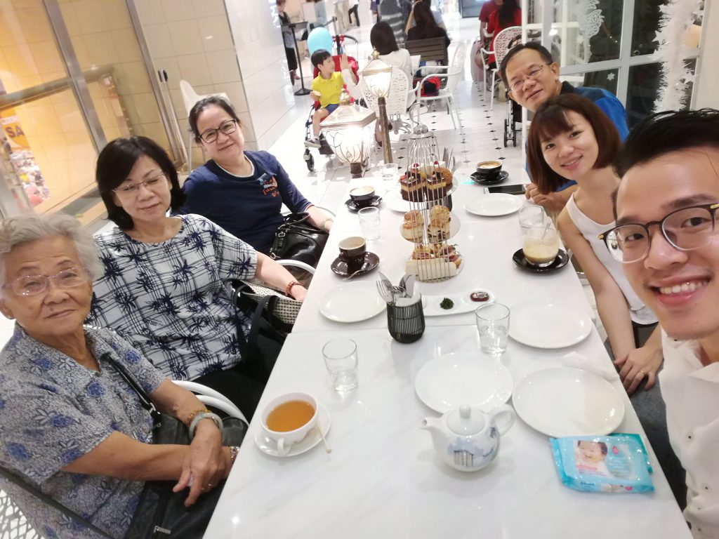 High tea with Lee Family